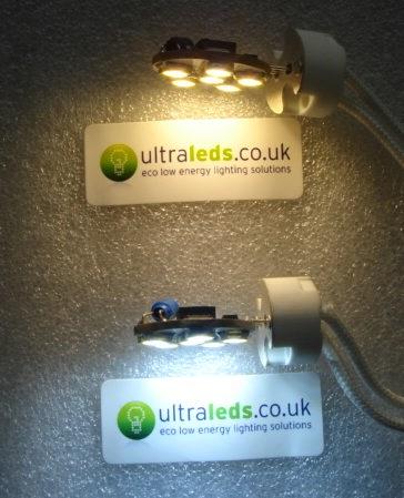 LED a luce calda (in alto) e LED a luce fredda (in basso)